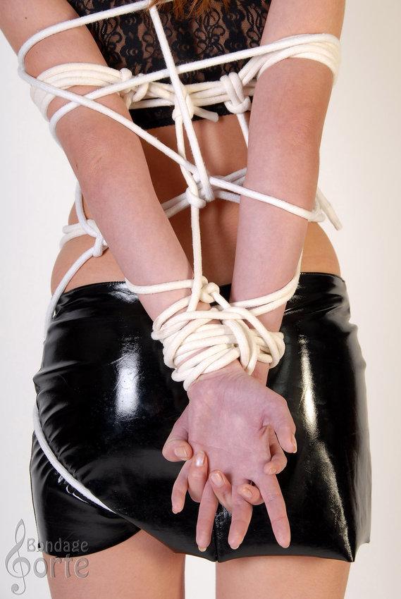 bondage thumbs galleries